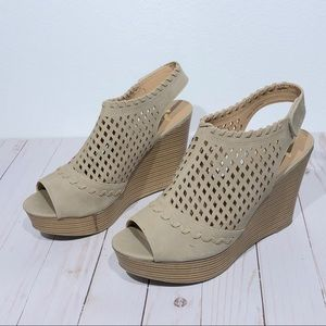Report Wedge Sandals Size 11 Open Toe Slingback